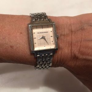 Authentic Burberry ladies silver Heritage watch